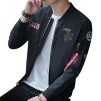READY STOCK Korean Style Men Slim Fit Badge Designs Bomber Jacket Borong 540046